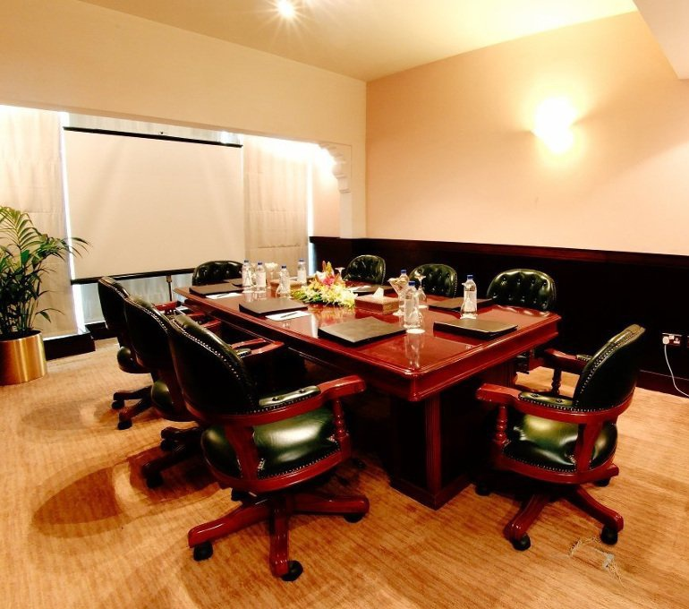 Executive boardroom - Arabian Courtyard Hotel & Spa - Bur Dubai