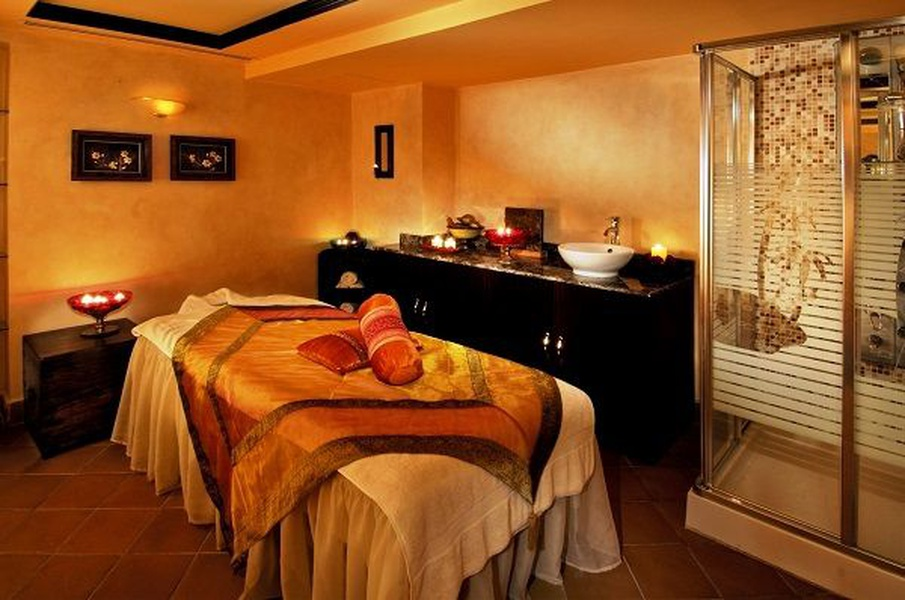 SPA OFFER   Arabian Courtyard Hotel & Spa