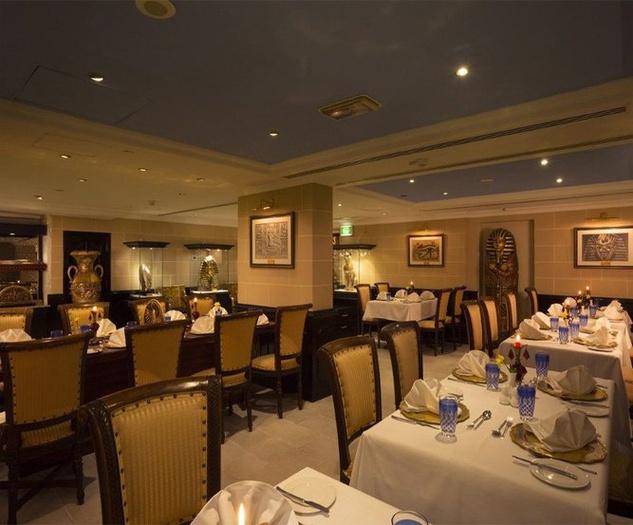 Arabian Courtyard Hotel Spa Restaurants Bur Dubai