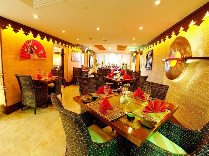Silk Route Chinese & Thai Restaurant Arabian Courtyard Hotel & Spa Bur Dubai